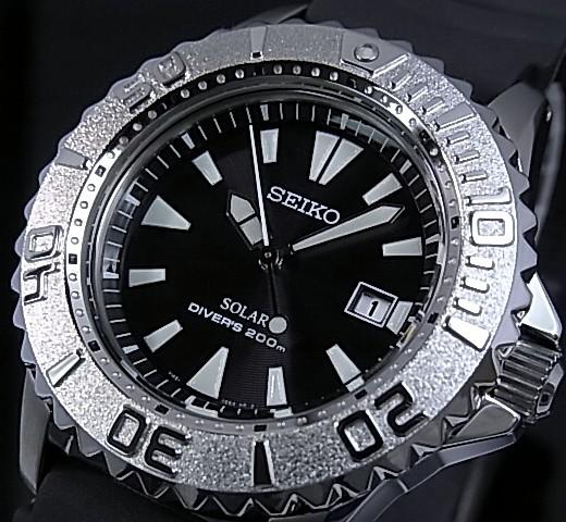精工/PROSPEX 潜水男装太阳能手表黑色字母版黑色橡胶带 (日本普通版) SBCB017