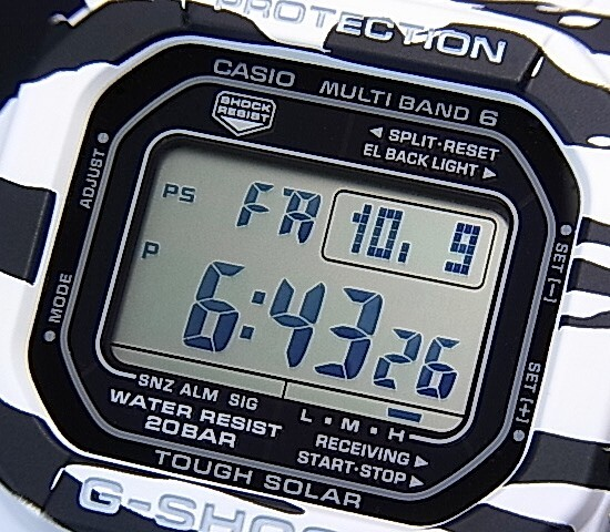 CASIO/G-SHOCK 솔 러 전파 시계 멀티 밴드 6 화이트 & 블랙 시리즈 GW-M5610BW-7 (해외 모델)