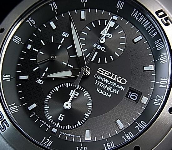 SEIKO/Chronograph 티타늄 남자 시계 건 메타 문자판 메탈 벨트 SND419P1 해외 모델
