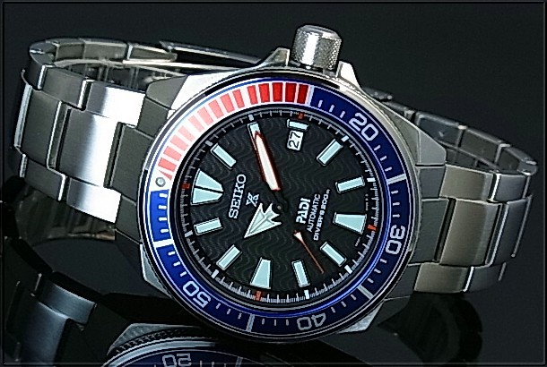 SEIKO PROSPEX Diver s watch samurai PADI Special Edition Automatic Men s  watch navy   red bezel Stainless steel band black Dial reverse import model  ... dc00fe4777