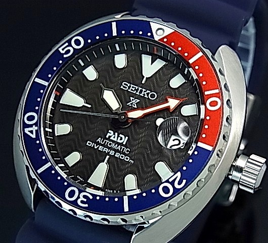SEIKO/PROSPEX/200m diver's watch【セイコー/プロスペックス/200m防水ダイバーズ】自動巻 ネイビー/レッドベゼル メンズ腕時計 ラバーベルト ブラック文字盤 海外モデル【並行輸入品】 SRPC41K1