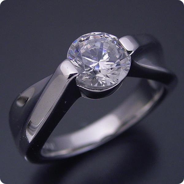 【婚約指輪】1カラット【1ct】ダイヤモンド【エンゲージリング】プラチナ【ブライダルジュエリー】結婚指輪【マリッジリング】受注生産品【1カラット版:デザイン性が豊かなスタンダードな婚約指輪】Dカラー・VVS1クラス・Excellentカット【宝石鑑定書付き】