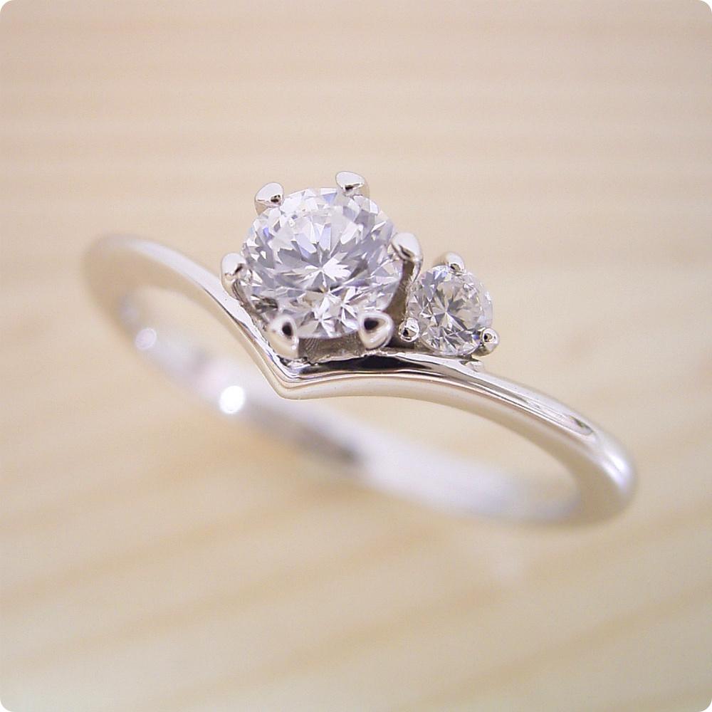 【婚約指輪】エンゲージリング【0.3カラット】一粒【0.3ct】ダイヤモンド【ティファニー】立て爪【ブライダルジュエリー】プラチナ【結婚指輪】マリッジリング【店長の特別な婚約指輪】Dカラー・VVS1クラス・Excellentカット・H&Q【宝石鑑定書付き】