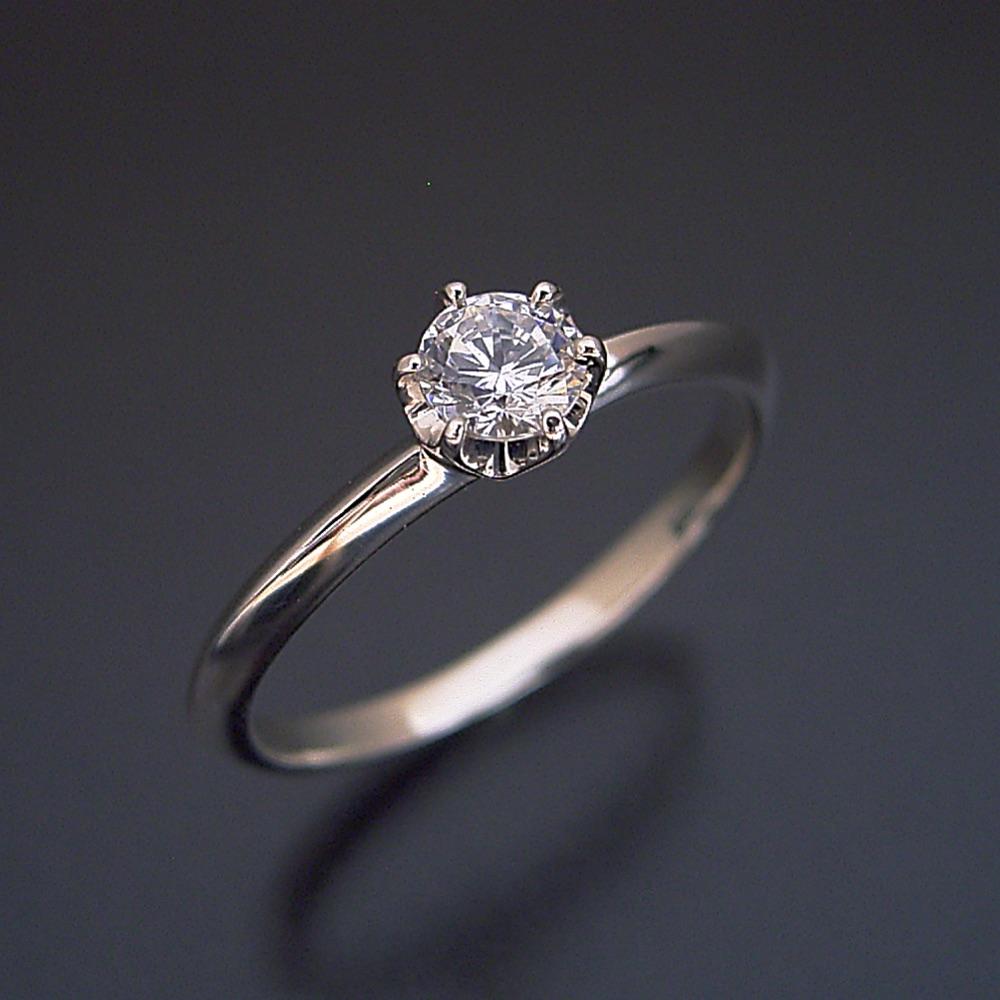 【婚約指輪】ダイヤモンド【エンゲージリング】プラチナ【ブライダル】【ティファニー】0.3カラット 受注生産品【どの指輪のデザインとも違う、6本爪ティファニーセッティングタイプの婚約指輪】0.3カラット・Eカラー・VS1クラス・Excellentカット【宝石鑑定書付き】