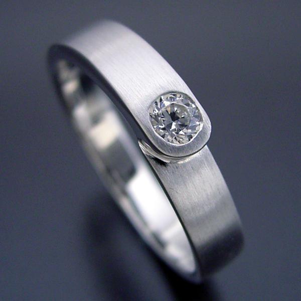結婚指輪 マリッジリング ダイヤモンド プラチナ900 ペアリング プレゼント プロポーズ【店長の結婚指輪がベースの結婚指輪】