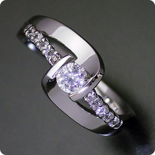 【婚約指輪】エンゲージリング【0.3ct】一粒【0.3カラット】ダイヤモンド【ブライダルジュエリー】プラチナ【結婚指輪】マリッジリング【色々な角度から眺めたくなる婚約指輪】Dカラー・VVS1クラス・Excellentカット・H&Q【宝石鑑定書付き】
