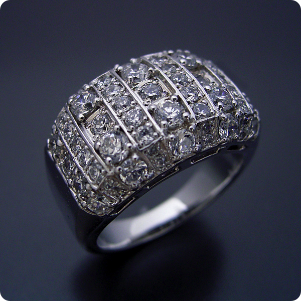 【婚約指輪】エンゲージリングダイヤモンド【ブライダルジュエリー】プラチナ【結婚指輪】マリッジリング【ギラギラ感が凄い婚約指輪】標準仕様グレード【宝石鑑別書付き】