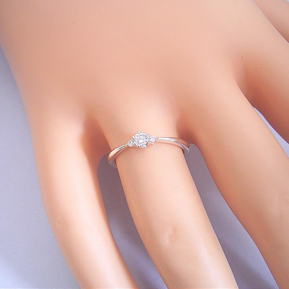 buy popular 5b3ed f2f74 婚約指輪】ダイヤモンド【エンゲージリング】プラチナ【ピンキー ...