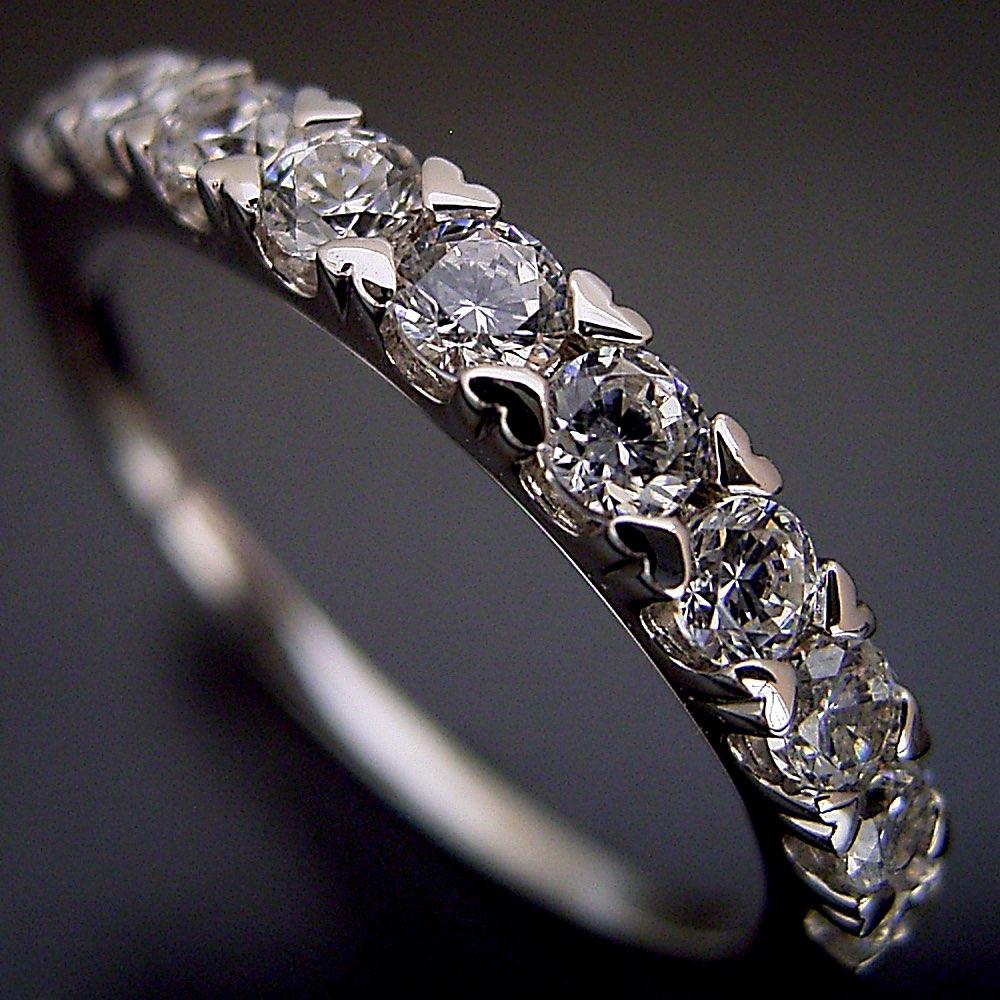 0.5カラット 婚約指輪 結婚指輪 エタニティリング エンゲージリング マリッジリング ダイヤモンド プラチナ ジュエリー ブライダル プロポーズ用 0.5カラット ハート「爪がハートデザインの遊び心いっぱいなハーフエタニティリング」宝石鑑別書付き