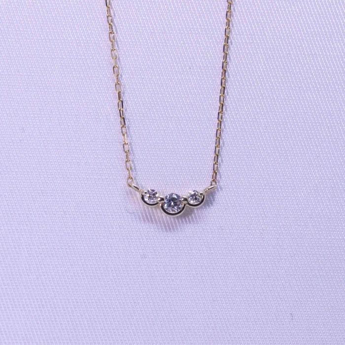 シンプル 大人可愛い ギフト プレゼント 大好評です ダイヤ3連ネックレス クリスマスプレゼント B.colletto