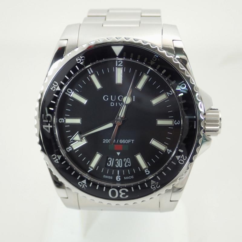 グッチ【GUCCI】SSダイヴメンズクォーツブラック文字盤腕時計*136.3【中古】ダイブコレクション