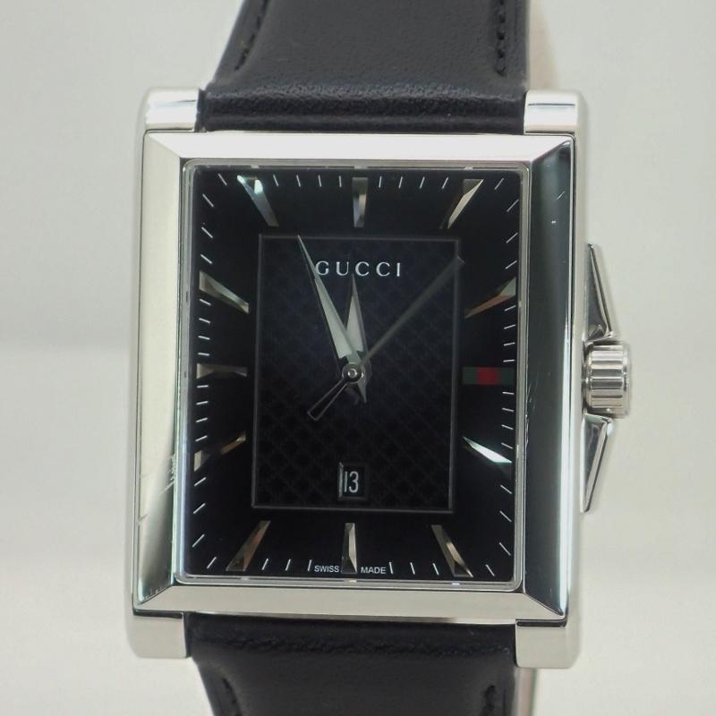 グッチ【GUCCI】レクタングルSSレザーベルト黒文字盤デイト付メンズクォーツ腕時計*YA13840414987793【中古】