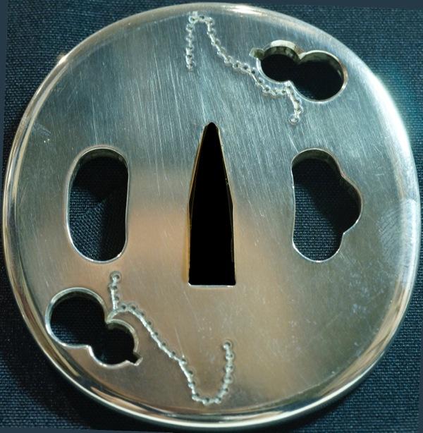 純銀製 瓢箪二個柄の鍔
