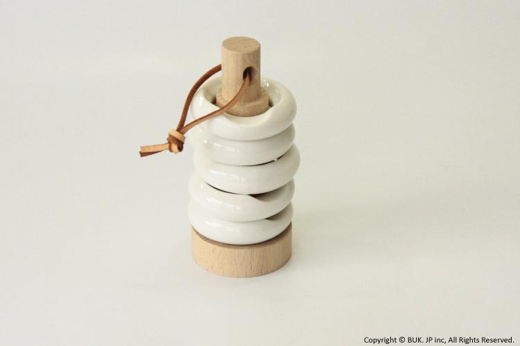 ceramic japan 見せながら収納できる箸置き5個セット 毎日続々入荷 リングセット 木台付 セラミックジャパン 休み