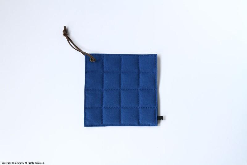 豪華な 11号倉敷帆布製のPOT-MAT square 全5色 ステッチをかけた四角の鍋敷き ステッチ部分が折れるので 安い 鍋つかみとしても活躍します スクエア 藍 ジョーブ ポットマット ブルー JOBU