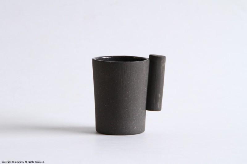 外側は無釉薬 内側は透明釉で作られた質感が魅力のシンプルなコップ 品質保証 kop いよいよ人気ブランド with クロ handle Oue 大植亜希子