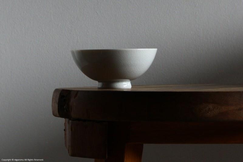 貫入で無地の九谷焼 シンプルな形の普段使いの飯碗 飯碗 125mm KUTANI ☆正規品新品未使用品 貫入白磁 KATA 型九谷 メイルオーダー