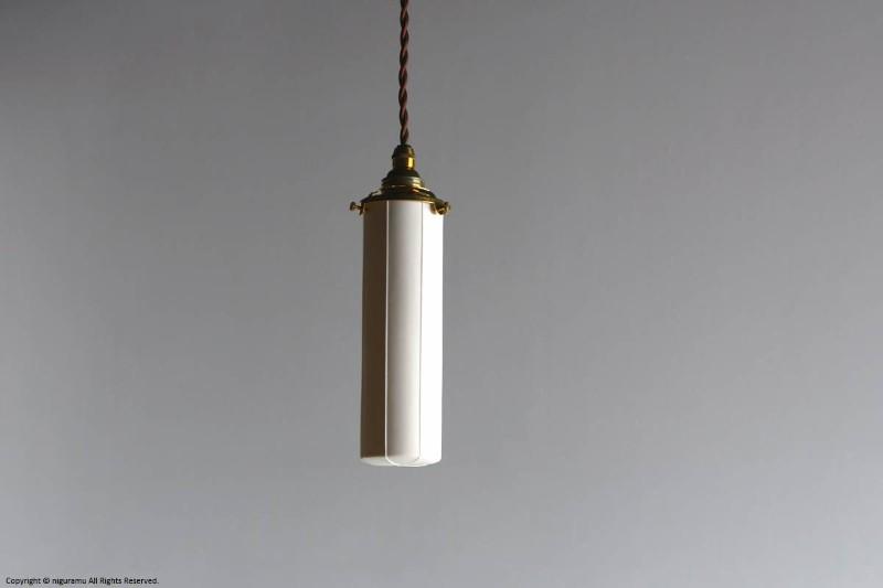 ランプシェード Stick S, Odd line #7 (open) / ホワイト (シェードのみ/灯具別売り)【飛松陶器】