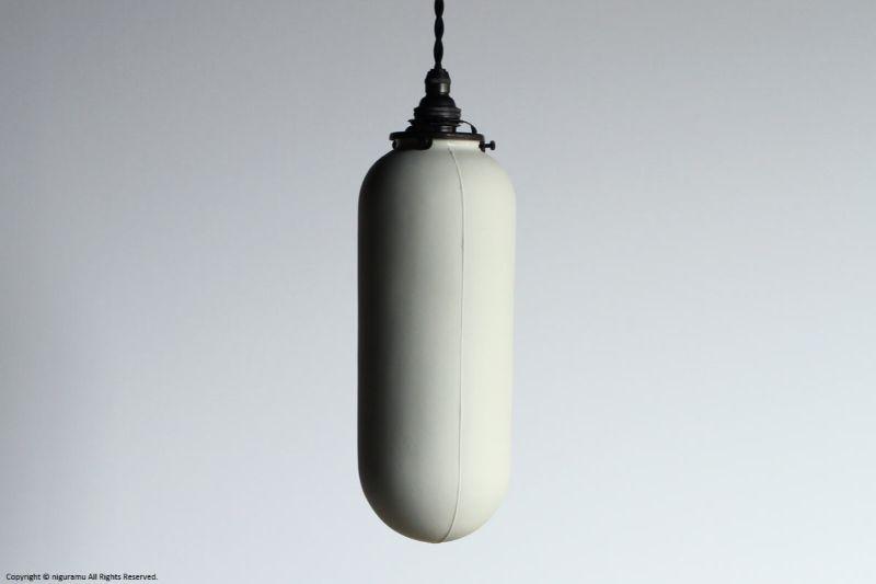 ランプシェード Slim L, Odd line #3 (close) / ホワイト (シェードのみ/灯具別売り)【代引き不可】【飛松灯器(旧:飛松陶器)】