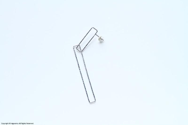 Rectabgle earring, b27-60 / SV【erica miyake / エリカミヤケ】