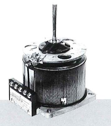 【個数:1個】【受注生産品 納期-約3週間】【受注生産品 納期-約1.5ヶ月】マツナガ PA-135 直送 代引不可・他メーカー同梱不可 摺動電圧調整器 PA135【送料無料】