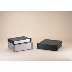 タカチ電機工業 MSR133-43-23B 直送 代引不可・他メーカー同梱不可MSR型ラックケース MSR1334323B