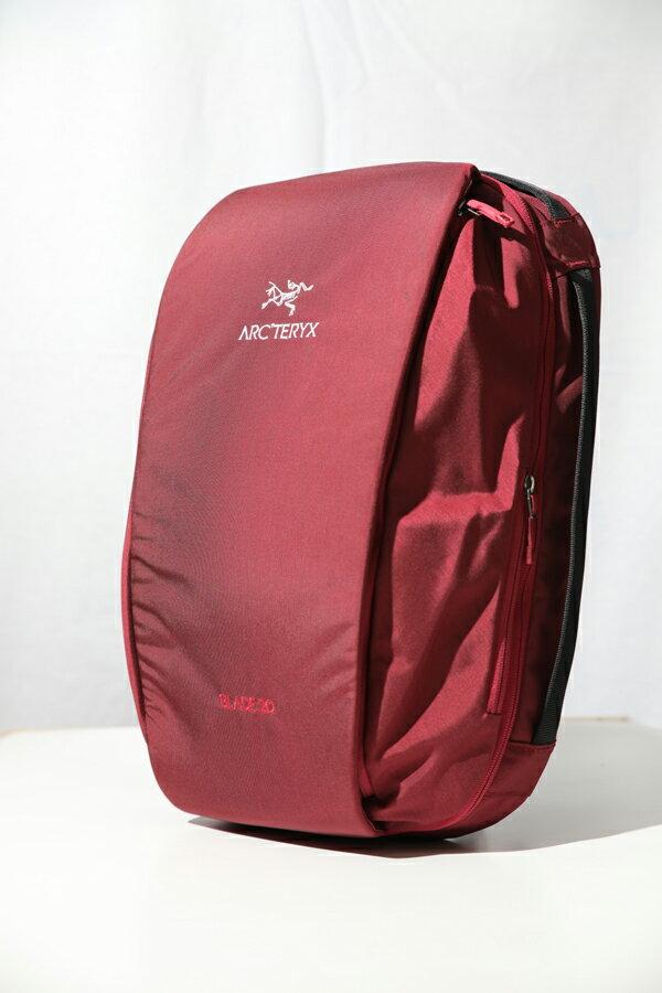 ARC'TERYX BLADE 20 BACKPACK アークテリクス ブレード20 バックパック アウトドア 鞄 バックパック リュック 山登り ハイキング 通勤 通学