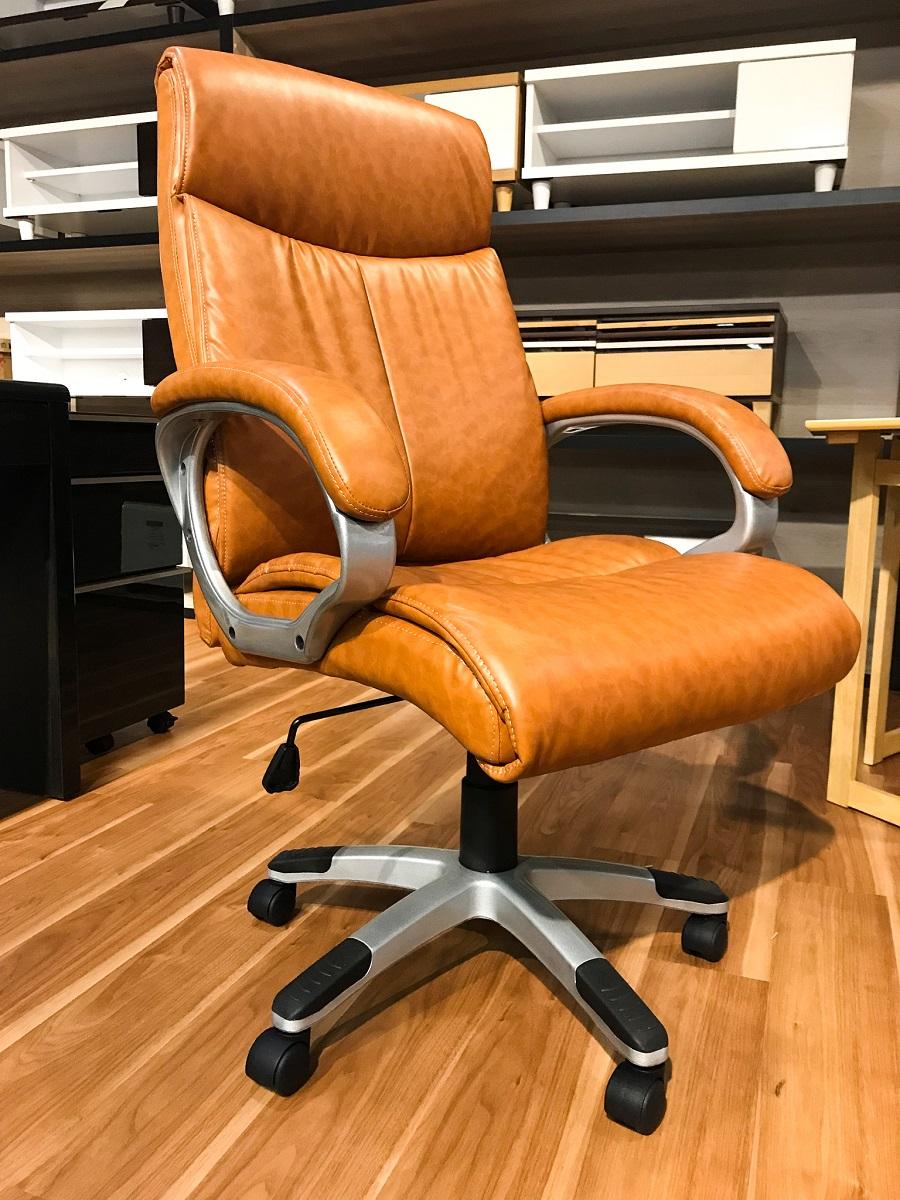 【送料無料】法人 企業 向け 長時間座っても疲れにくい オフィス チェア 1人掛け デスクワーク ゲーミング 組立品 クール おしゃれ キャスター 黒 ブラウン シンプル 疲れない 北欧  家具 通販 職場 仕事