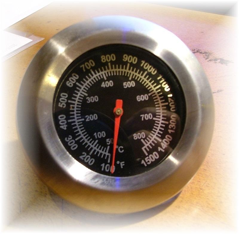 摂氏800℃・華氏1500F【温度計・正円・ねじ止め】ピザ窯・薪ストーブ・バーベキュー・グリルなどに。