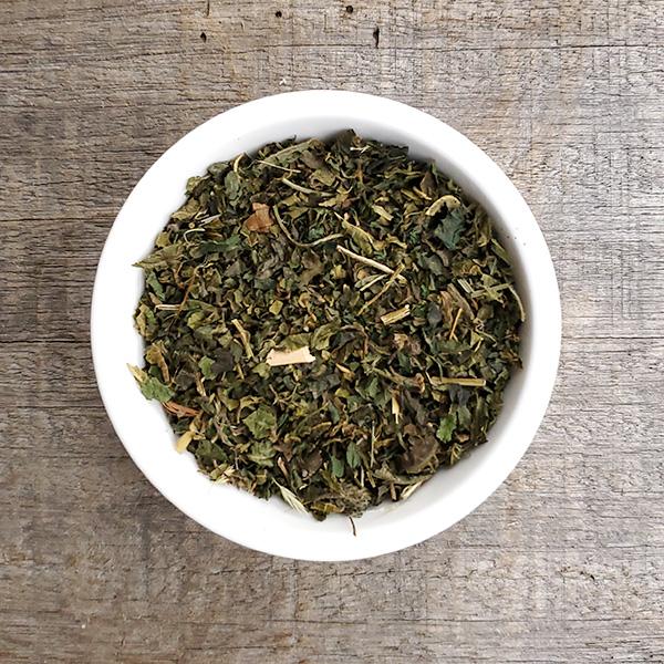 鉄分を豊富に含む 貧血対策に 緑茶のような香り オーガニック ハーブティー 有機栽培 蔵 20g×2個 開店祝い 無農薬 40g ネトル