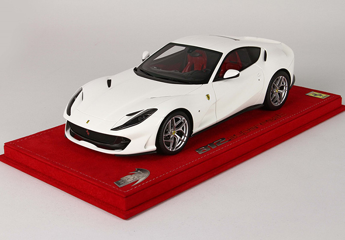 【平日即日発送可能】BBR 1/18 Ferrari フェラーリ 812 Superfast avus white P18147AW2 モデルカー ミニカー 送料無料