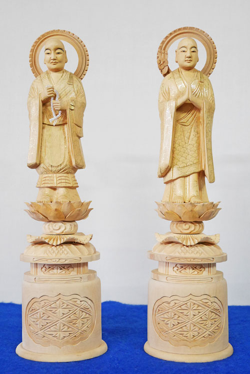 送料無料 新品■送料無料■ 手彫り 木製 仏像 大変お買い得商品です 両大師 金泥書 激安卸販売新品 法然上人 善導大師 対 4.5寸