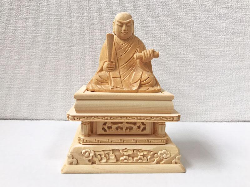 【日蓮宗】 仏像 総白木 日蓮上人 1.5寸