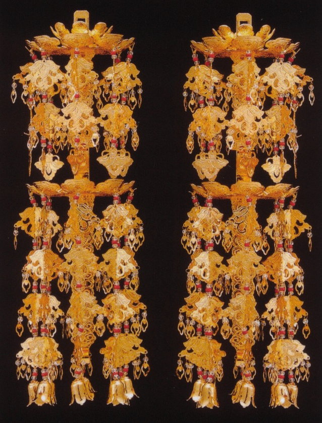 輪灯瓔珞二重六段アルミ 金色 4.0号(1対入) / 仏具 ようらく ヨウラク