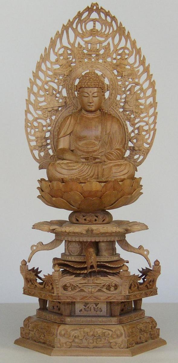 仏像 最高峰の素材 白檀 の 仏像 総 白檀 六角 ケマン 台座 3号 座像