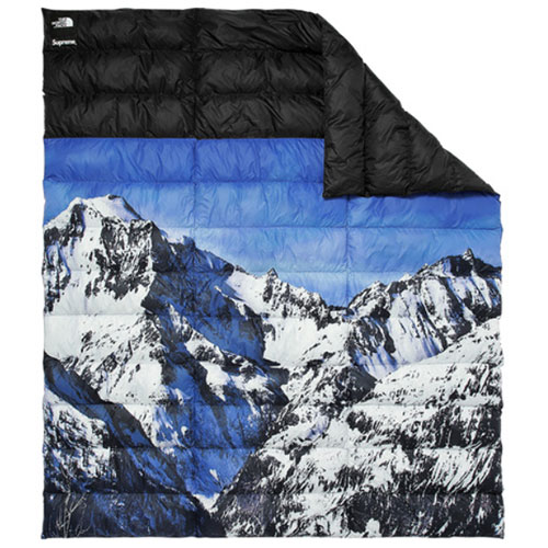 Supreme (シュプリーム) × THE NORTH FACE (ノースフェイス) MOUNTAIN NUPTSE BLANKET
