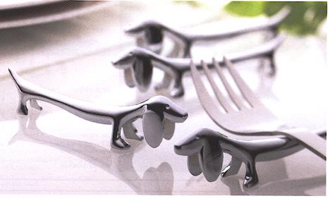 テーブルマナーがスマートに! 【ゆうパケットなら10個迄送料200円】SALUS セーラス ダックスフント型ナイフレスト / カトラリー置き フォークレスト スプーンレスト[SL]