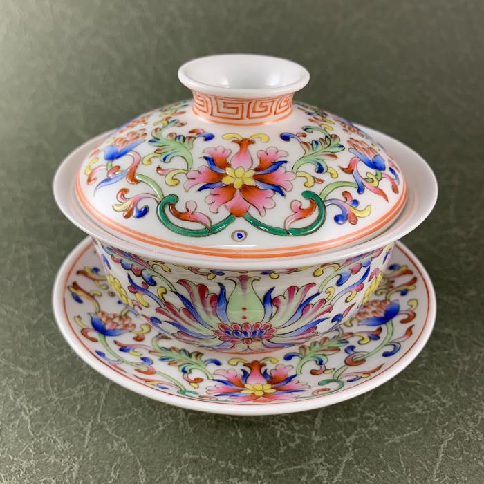 【逸品茶器】華麗に咲く景徳鎮窯 宝相華柄広口蓋碗蓋碗 茶器 中国 茶器 景徳鎮窯