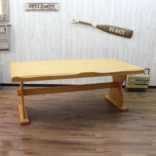 【クーポンSALE開催中】ダイニングテーブル 幅135cm カントリー 木製 無垢 北欧パイン カントリー家具 食卓 テーブル ダイニング シンプル 北欧 丈夫な家具