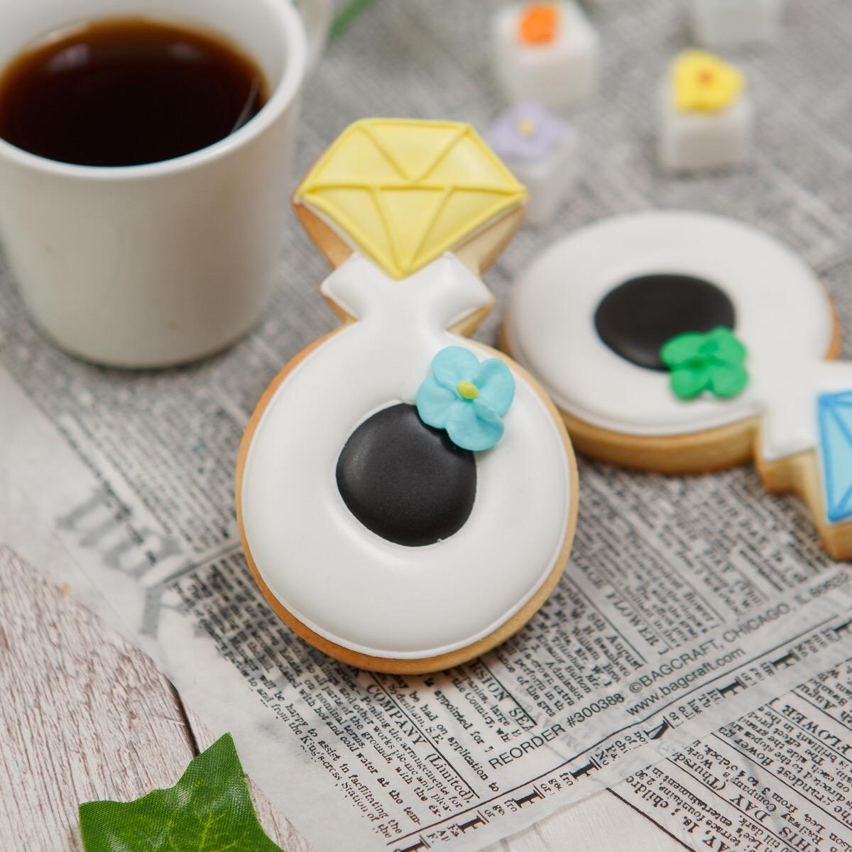 指輪クッキーにオリジナルメッセージを添えて ランキング総合1位 オリジナルメッセージ入り 指輪クッキー アイシングクッキー クッキー プチギフト 指輪 名入れ 至上 文字入れ お菓子 かわいい