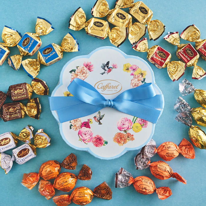 送料無料 買い取り 限定ボックス 市場で購入できるのはここだけ 人気 公式 カファレル フラワーギフト 敬老の日 アンティーク ジャンドゥーヤ ヘーゼルナッツ 内祝い ギフト 女性へのプレゼント イタリア 老舗チョコレートブランド