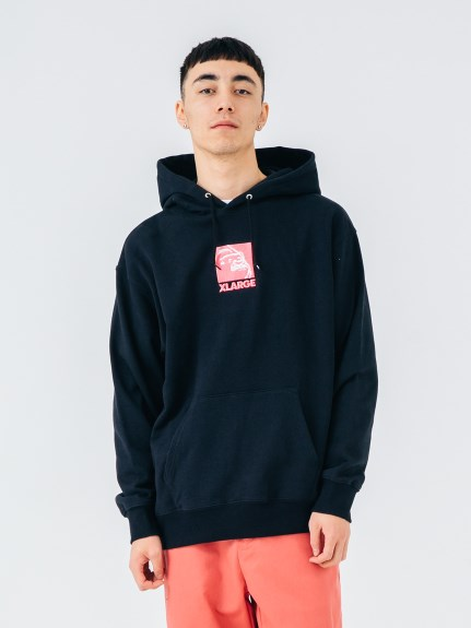 XLARGE(エクストララージ)EMBROIDERY SQUARE OG PULLOVER HOODED SWEAT