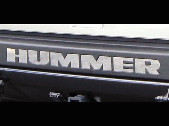 ハマーH2 リアルホイールズ リアバンパーロゴインサート HUMMER ポリッシュ '03y~【アメ車パーツ】