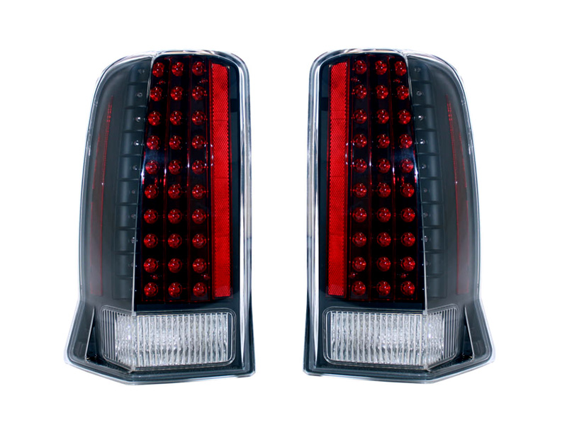 【XRIDEZ】【エックスライズ】エスカレード LEDテールランプ ブラック&クリア '02y~'06y【アメ車パーツ】