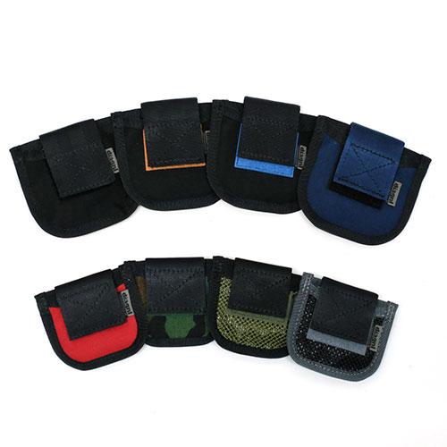 年中無休 カメラレンズ カメラアクセサリー カメラ アクセサリー カメラストラップ レンズキャップケース レンズキャップホルダーレンズキャップを収納 携帯 Lens 2サイズ Cap diagnl Holderb 高品質新品 ダイアグナル 各8色