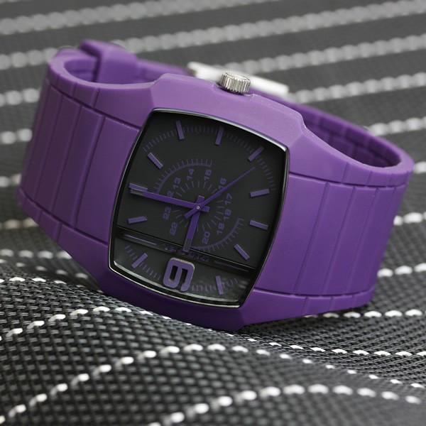 디젤 DIESEL 손목시계 최신 모델 실리콘 러버 아날로그 퍼플 DZ1385