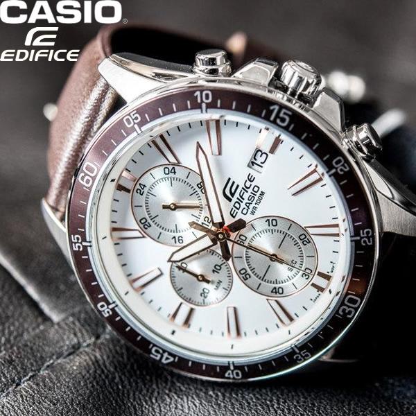 【送料無料】CASIO カシオ EDIFICE エディフィス 腕時計 ウォッチ メンズ 男性 ストップウォッチ 日付表示 カレンダー 海外モデル 逆輸入 efr-546l-7av