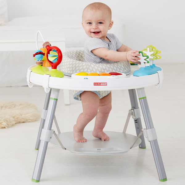 【送料無料】スキップホップ(SKIP*HOP) EXPLORE&MOREベイビービュー3ステージアクティビティセンター 出産祝い プレイマット|新生児 赤ちゃん グッズ ベビー ベビー用品 幼児 ベビーウォーカー 育児用品 つかまり立ち こども 子供 テーブル 6か月 1歳 2歳 おもちゃ