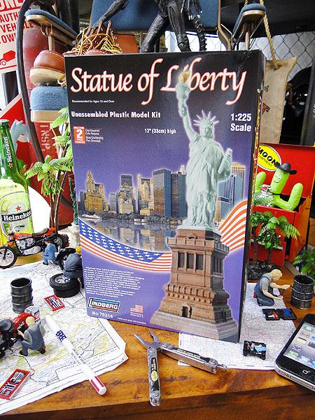 【楽天海外直送】 自由の女神の彫像 - Statue of Liberty Bobblehead