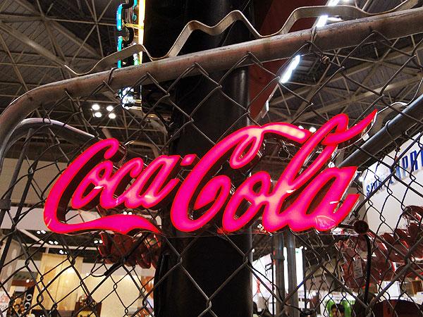 コカ・コーラブランド LEDミニレタリングサイン ■ コカコーラグッズ 雑貨 グッズ ブランド Coca-Cola アメリカ雑貨 アメリカン雑貨 コーラ インテリア 壁面装飾 装飾 飾り ディスプレイ 内装 ウォールデコレーション